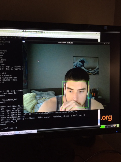Resizing VideoCapture window on Debian Linux [Picture & Code